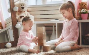 Геометрические игрушки для детей