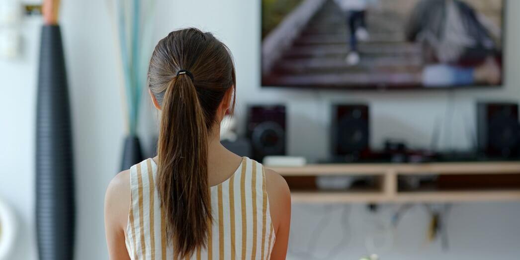 Польза и вред телевизора для детей