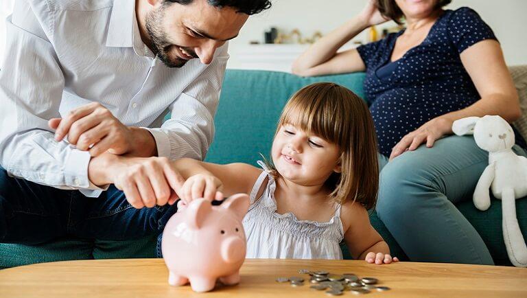 дошкольник копит деньги