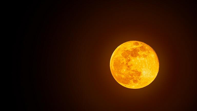 детям про Луну